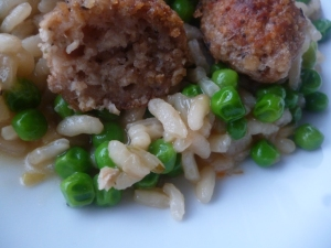 Lincoshire meat-free sausage and pea risotto