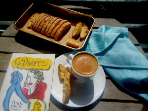 Baking biscotti on a sunny Sunday was not such a bad idea after all !