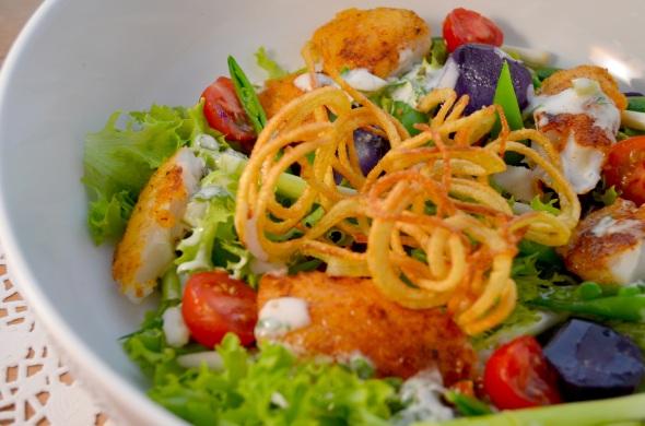 Fish & Chips Salad